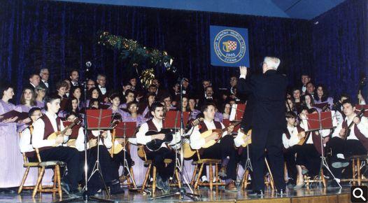 """Koncert HPD """"Tomislav"""" povodom Dana cerničke kulture 1992. godine"""