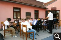 Vrtna zabava u dvorištu Slavin doma 23. lipnja 2012.