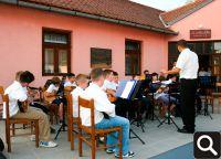 Vrtna zabava u dvorištu Slavin-doma 23. lipnja 2012.